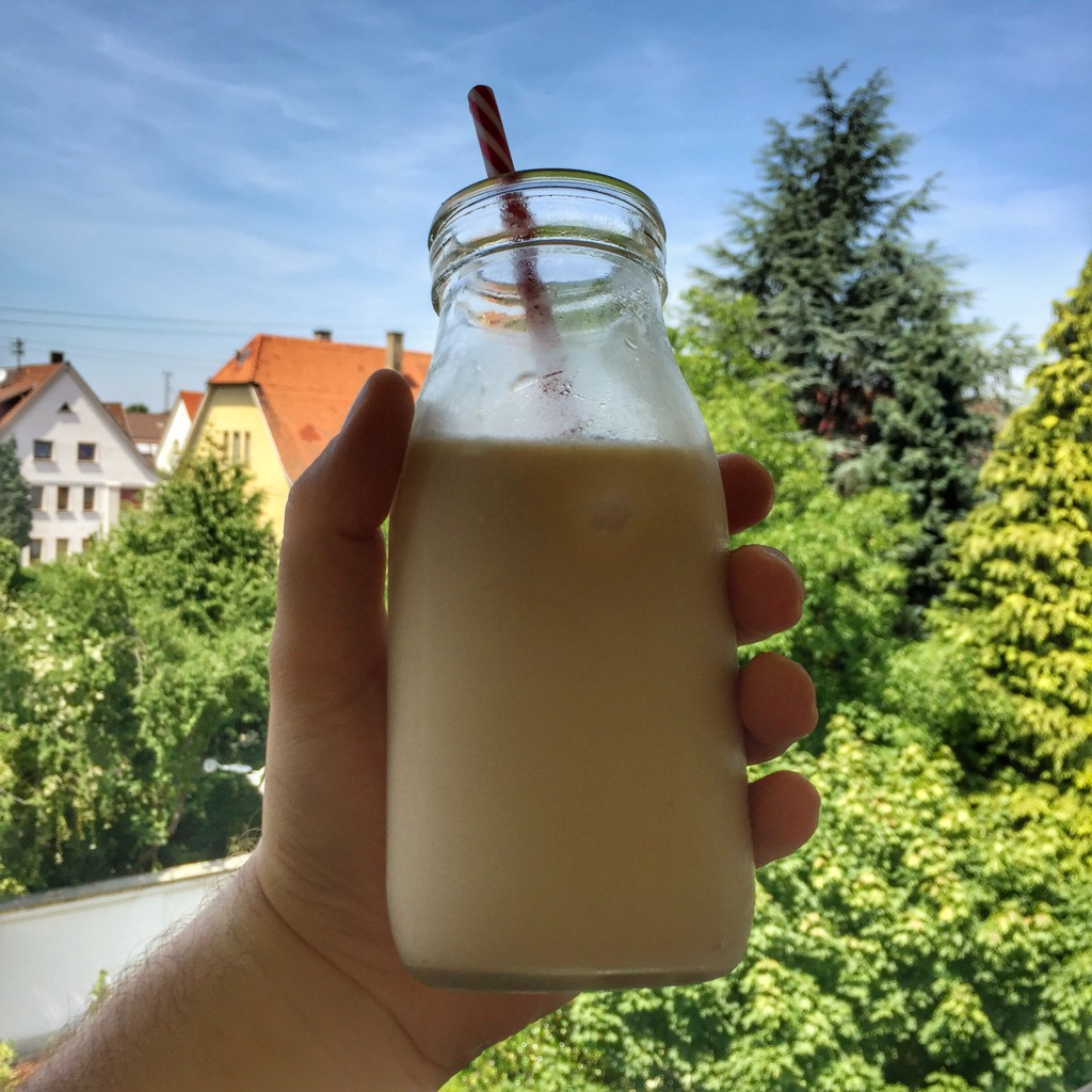 Ice Brew Coffee mit Milch